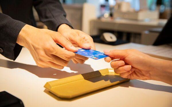 クレジットカードのリボ払いやキャッシング